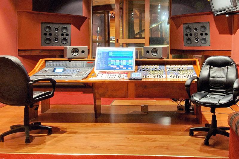 Studio a recording at studio 52 melbourne australia for Studio australia