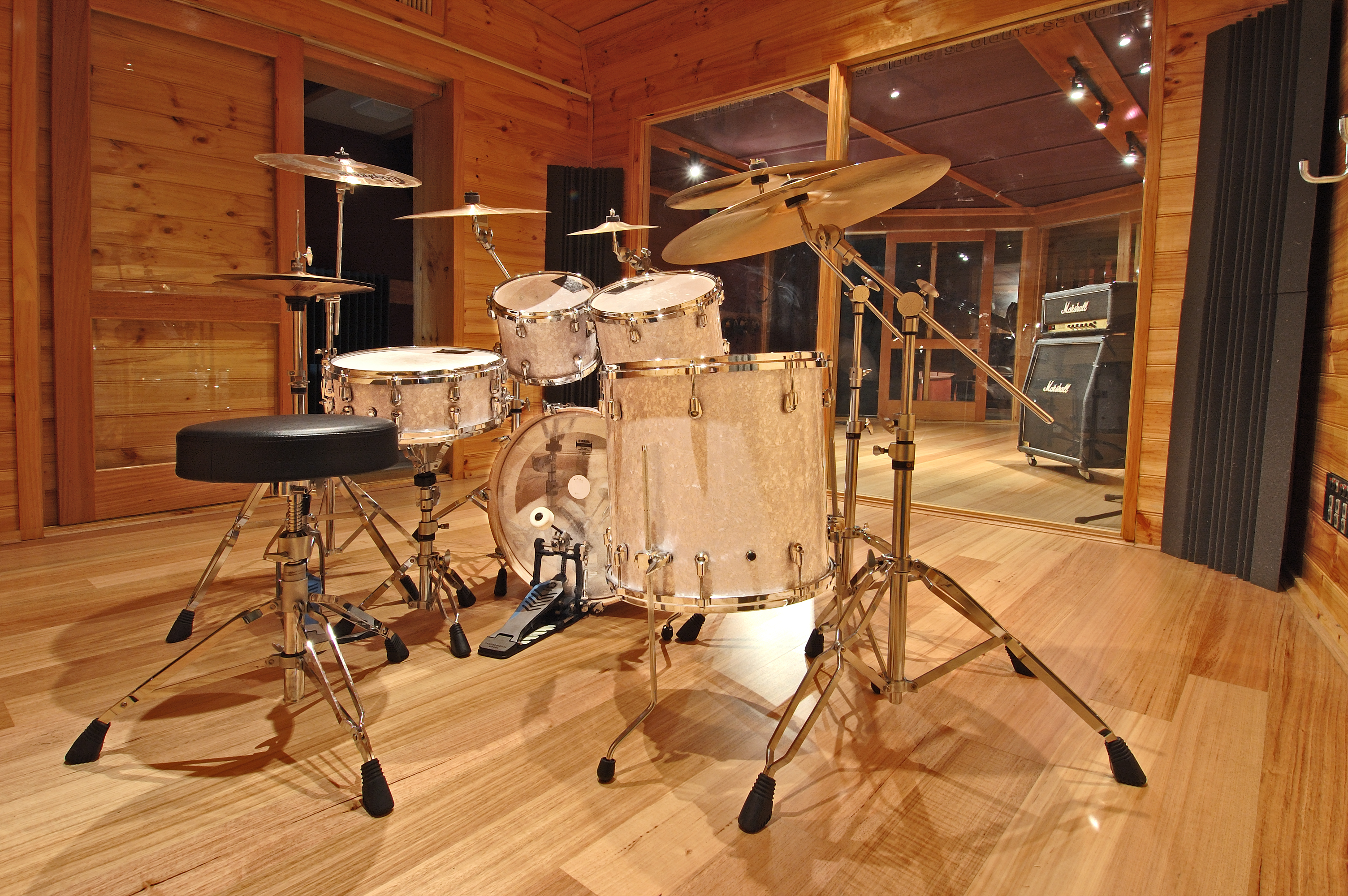 Studio A Drum booth at Studio 52 Melbourne featuring a Yamaha Absolute Nouveau drum kit with Paiste Signature Series cymbals and a combination of SE, Audio Technica & Sennheiser quality Microphones