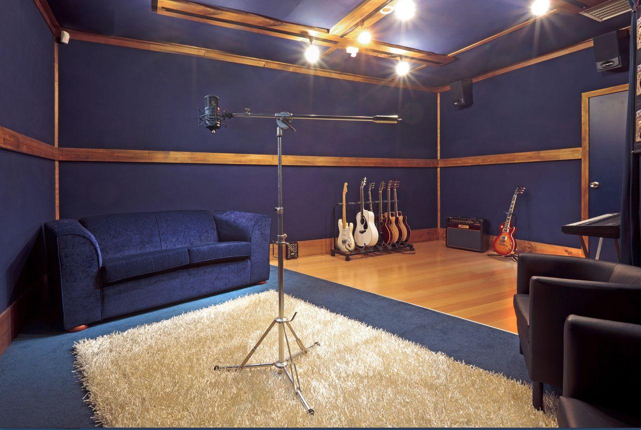 Studio C at Studio 52